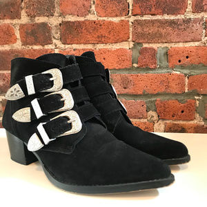 ⚡️ASOS BLACK SUEDE WESTERN BUCKLE ANKLE BOOT